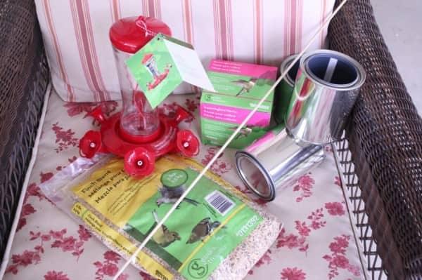 Lowes-bird-feeder-supplies-1024x682