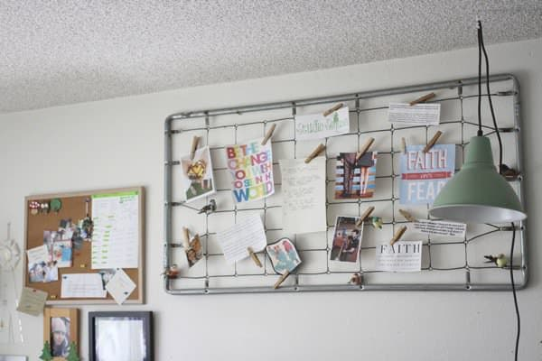 recycled-bed-spring-inspiration-note-memo-photo-board-trashy-crafter-5