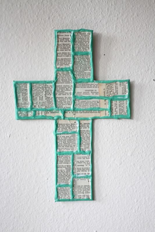 Recycled-Christian-Craft-Tutorial-Sunday-School-Church-Trashy-Crafter-Cardboard-Recycled-Craft12