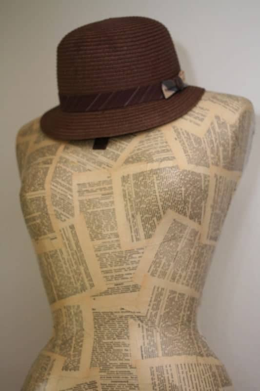Recycled-Mannequin-Hat-holder-recycled-craft-blog-trashy-crafter3