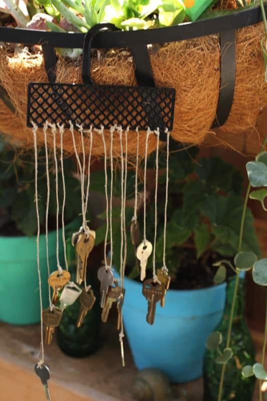 Recycled-key-wind-chime-outdoor-garden-decor-diy-tutorial-trashy-crafter5