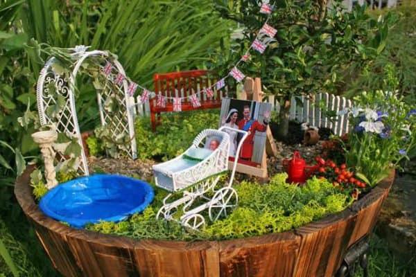 Bridgman-Miniature-Royal-Baby-Commemoration-Garden-Completed-commemorative-miniature-garden-Step-24