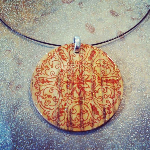 tbd_scrapwood_pendant