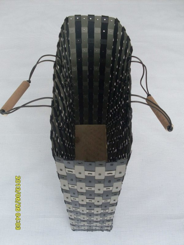 Baskets Made from Waste Polypropylene Strapping Tapes 1 • Recycled Plastic