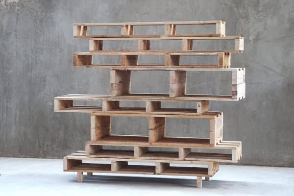 pallet-shelves1