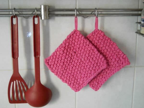 Potholder From An Old T-shirt Clothing Do-It-Yourself Ideas