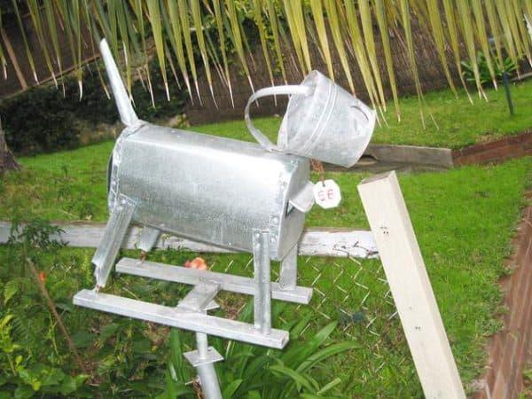 annandale-mailbox-dog-bucket-um