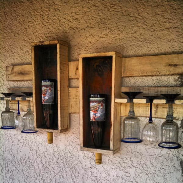 18-Useful-and-Easy-DIY-Ideas-to-Repurpose-Old-Pallet-Wood-12-800x800
