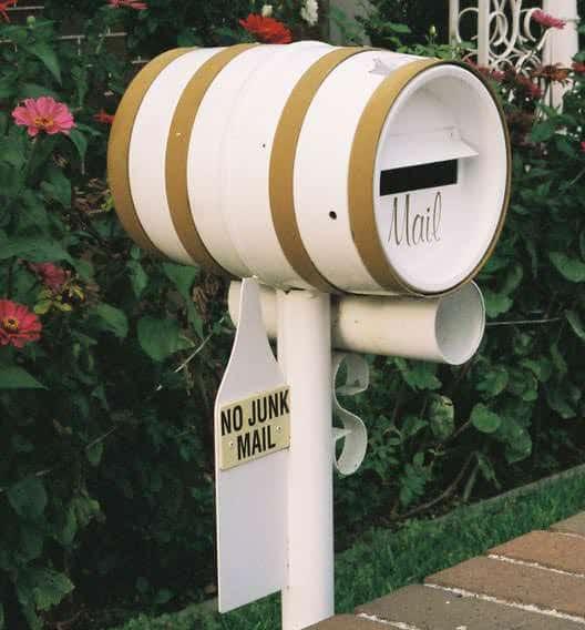 rosebery-mailbox-barrel-beer-um