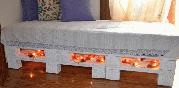 DIY-Sofa-bed from upcycled pallets 01
