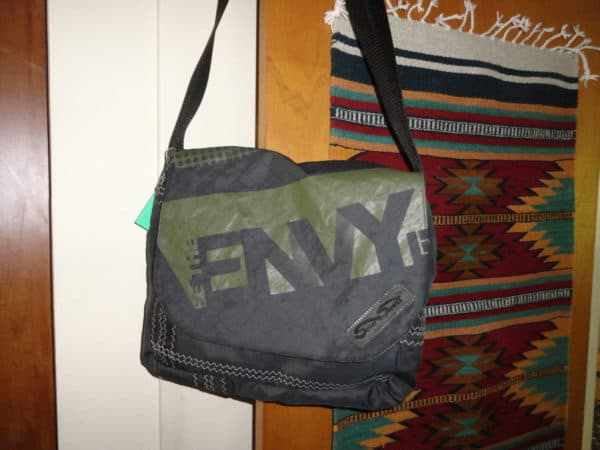 LQ-Be-the-Envy