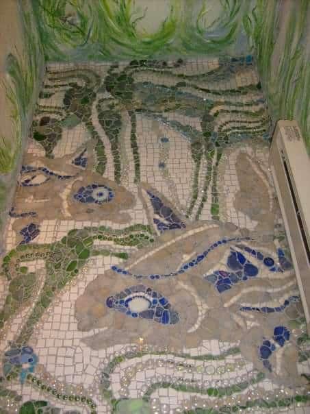 bathroom-floor-powder-mosaic