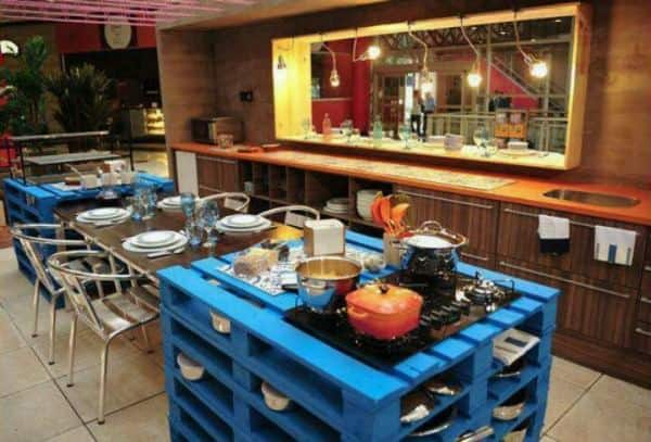 pallet-kitchen