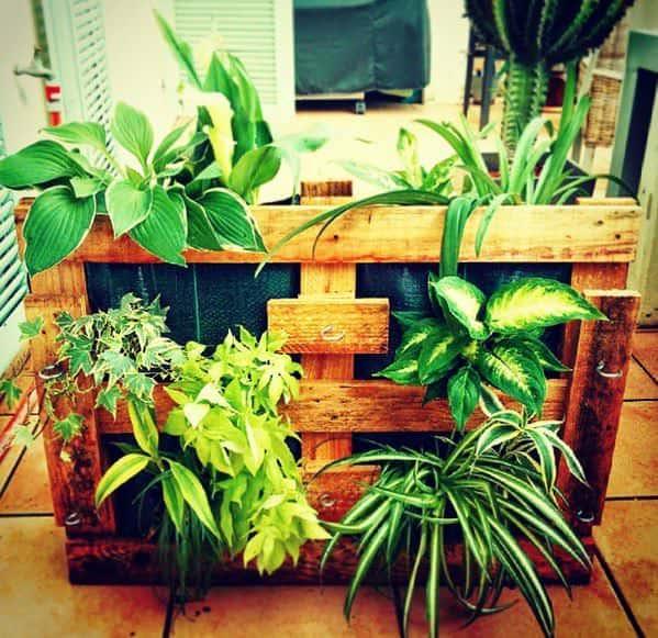 pallet-planters1