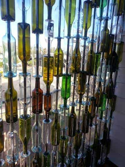 bottle-wall-build-upcycle-how-to-patio-repurposing-upcycling
