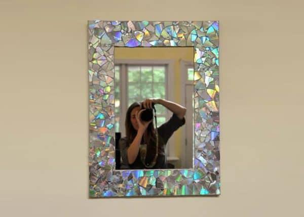 moldura_para_espelhos_em_mosaico_com_cds_Reciclar-CDs