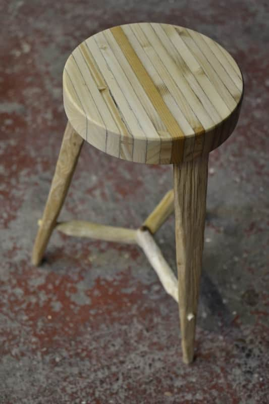 Recycled Pallet Into Stools 3 • Recycled Furniture