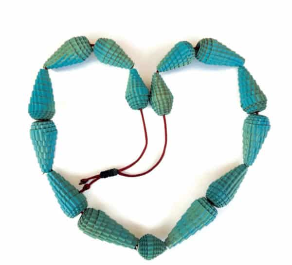 eco-necklace-with-chunky-beads-in-corrugated-cardboard