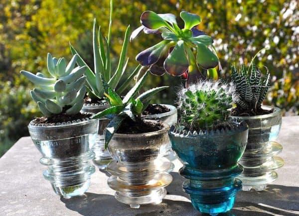 30+ Creative Ideas Using Vintage Glass Insulators 49 • Do-It-Yourself Ideas