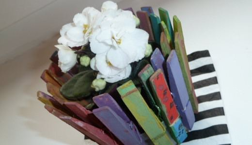 reused-clothespin-flower-pot-easy-handmade-project