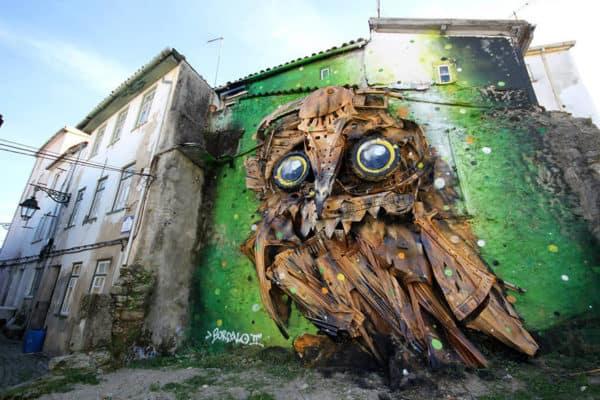 recycled-owl-sculpture-street-art-owl-eyes-artur-bordalo-7