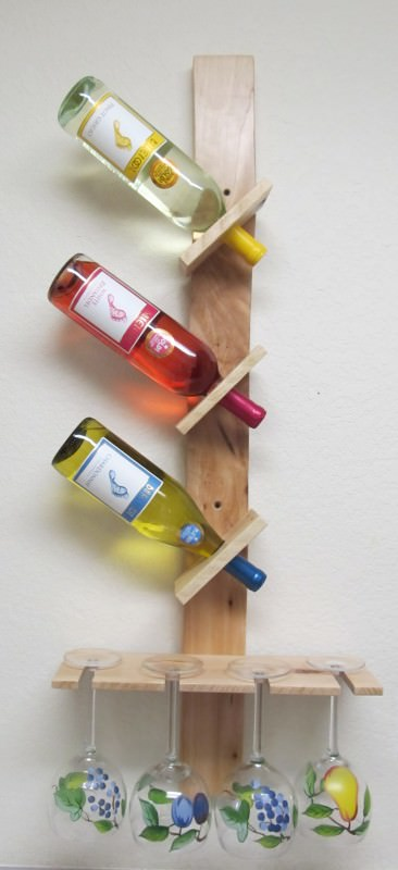 Wine Bottle And Glass Display Made Out Of Pallets 1 • Accessories