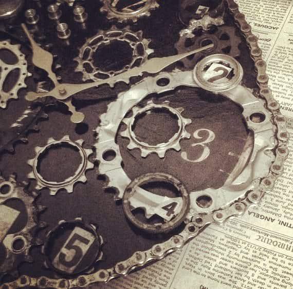Bike-Enthusiast-Clock4b