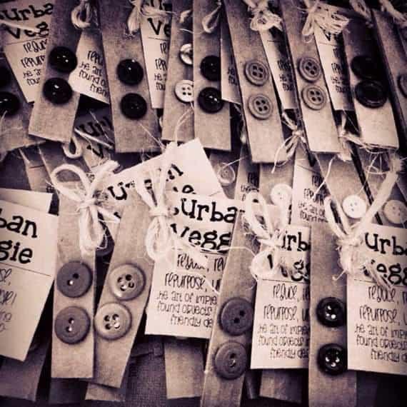 Recycleart-Button-Earrimgs3