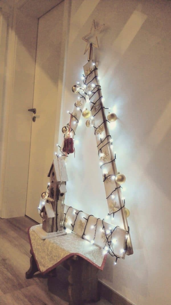 recyclart.org-christmas-tree-from-pallet2