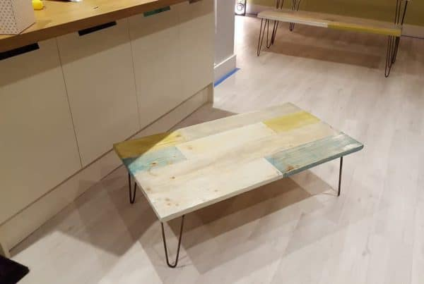 recyclart.org-extendable-pallet-table-with-matching-bench-and-coffee-table1