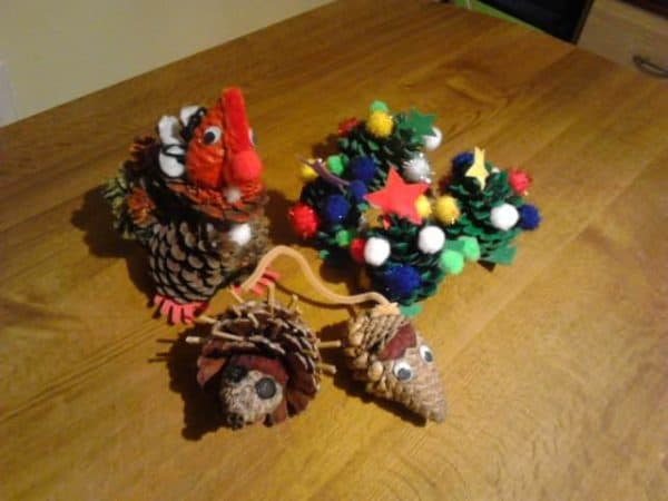 recyclart.org-fun-christmas-crafts-with-kids4