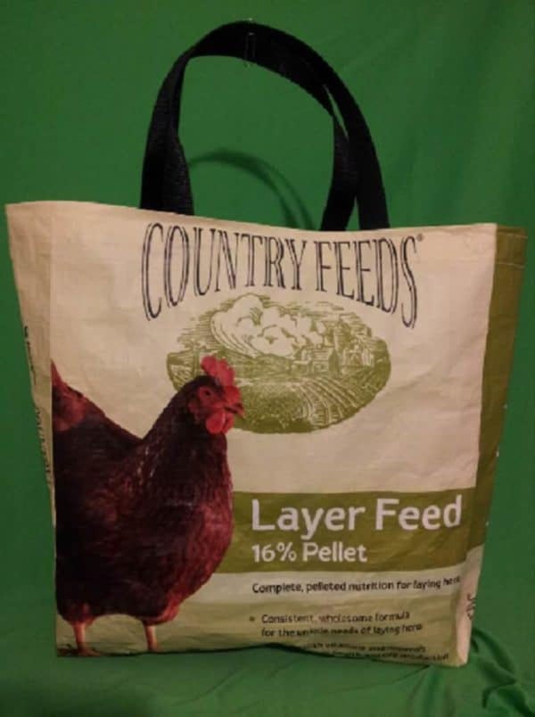 recyclart.org-recycled-feed-bag-totes