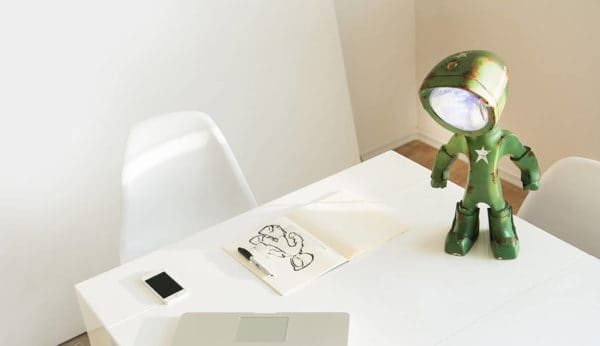 The Lampster: Little Robot Lights From Upcycled Vehicle Lamps 11