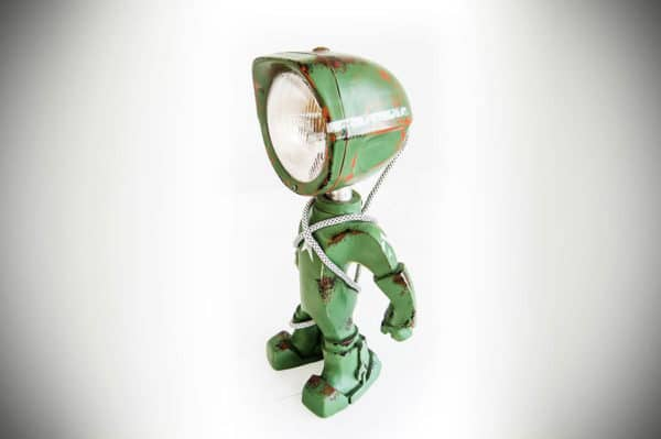 The Lampster: Little Robot Lights From Upcycled Vehicle Lamps 15