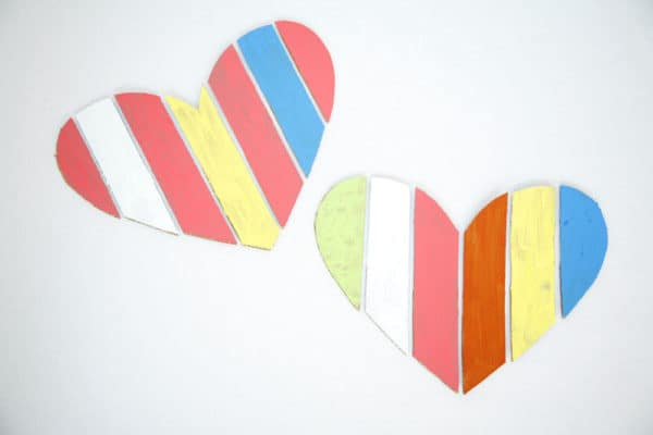 recyclart.org-cardboard-valentine-heart1