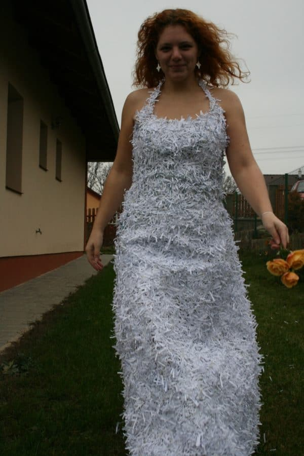 recyclart.org-dress-from-shredded-paper-trash1