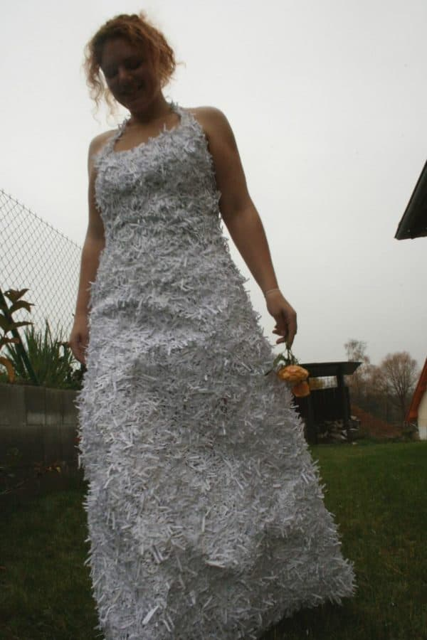 recyclart.org-dress-from-shredded-paper-trash