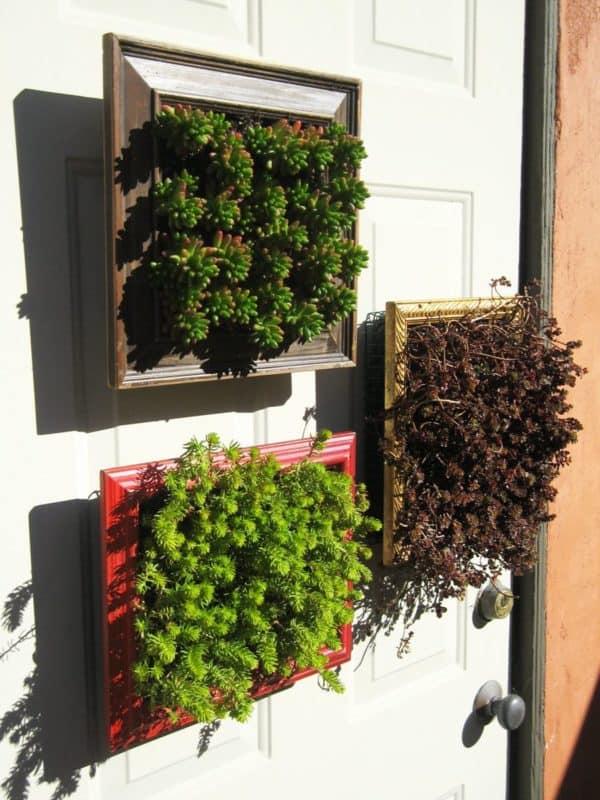 recyclart.org-vertical-planter-frames