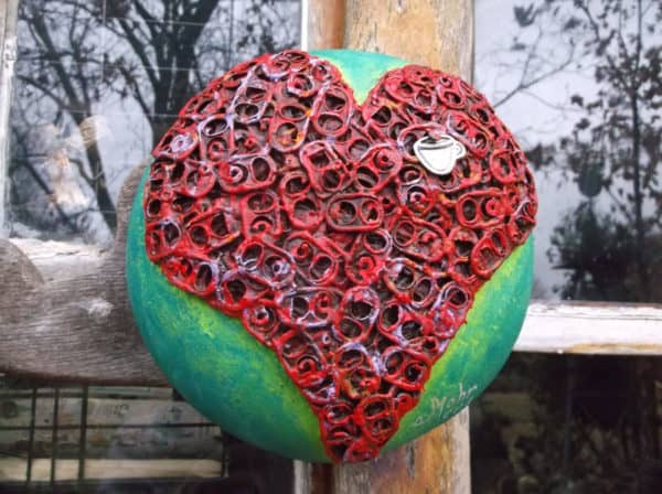 20 Brilliant Upcycled Valentine's Day Ideas 33 • Accessories