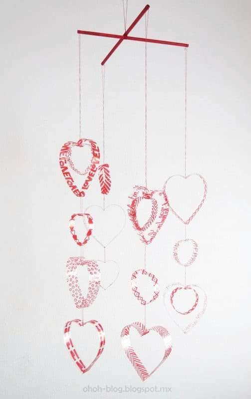 20 Brilliant Upcycled Valentine's Day Ideas 11 • Accessories