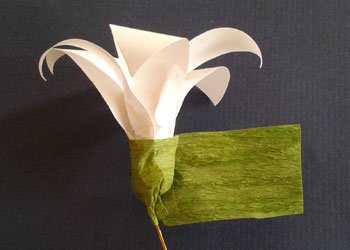 recyclart.org-diy-best-out-of-waste-home-decoration-idea-with-dried-leaves-broomstick7