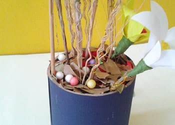 recyclart.org-diy-best-out-of-waste-home-decoration-idea-with-dried-leaves-broomstick9