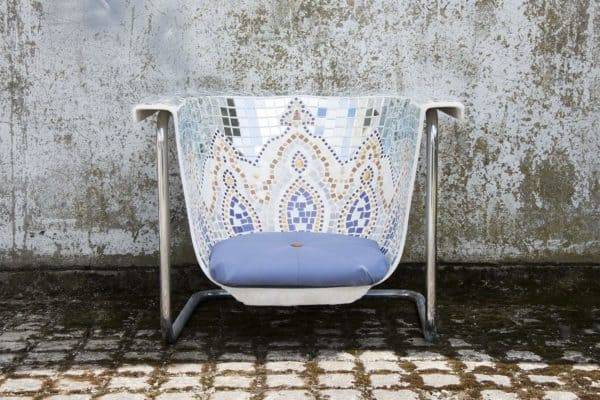 recyclart.org-i-am-not-a-bath-upcycled-outdoor-seats