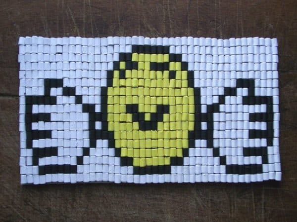 recyclart.org-paper-beads-hug