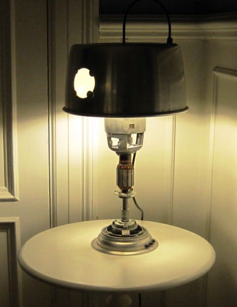 recyclart.org-upcycled-table-lamp7