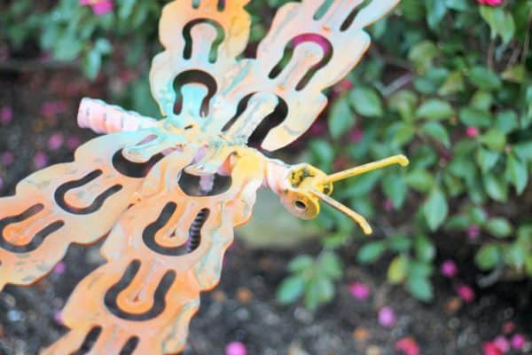 recyclart.org-upcycled-dragonfly-stakes3