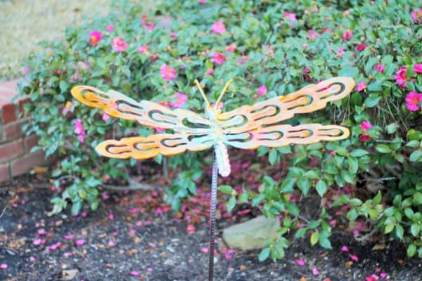 recyclart.org-upcycled-dragonfly-stakes2