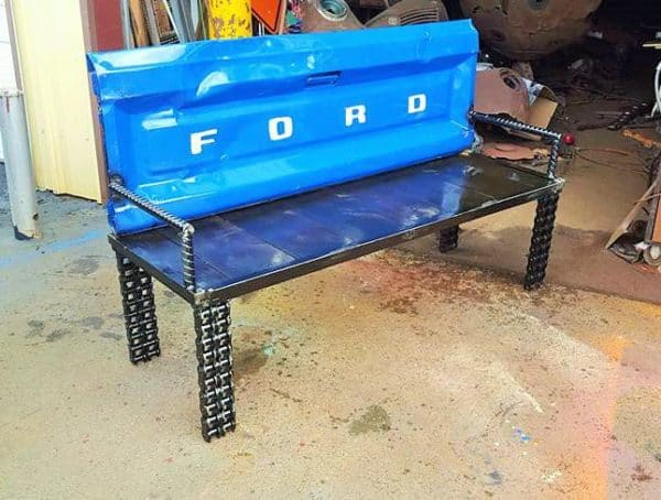 recyclart.org-upcycled-garden-ideas-scrap-metal-truck-tailgate-bench1