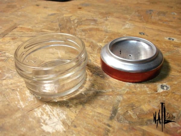 recyclart.org-burner-from-aluminum-can-and-glass-jar-how-to