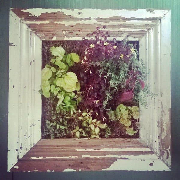 recyclart.org-living-wood-frame-made-recycling5